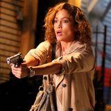 """16. Juli 2015: Es gibt neue Bilder vom Set der Serie """"Shades of Blue"""" mit Jennifer Lopez. Die rassige Latina überzeugt auch in einer Actionrolle."""