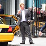 """20. Mai 2015: Steve Carrell ist ganz vertieft in seiner Rolle in """"The Bog Short"""". Bei dieser Szene hat er wohl keine gute Auseinandersetzung mit jemanden anderen gehabt."""