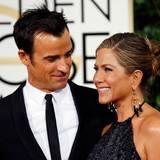 Justin Theroux und Jennifer Aniston kommen gemeinsam zur Preisverleihung. Sie präsentiert den ersten Award des Abends.