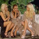Liesa-Marie, Lara und Liz tauschen ihre Gedanken über das Bachelor-Abenteuer aus.