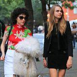 28. September 2015: Cara Delevingne und ihre Freundin St. Vincent gehen in New York gemeinsam essen.