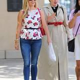 1. September 2015: Reese Witherspoon und Lena Dunham sind in Beverly Hills auf dem Weg zum Mittagessen.