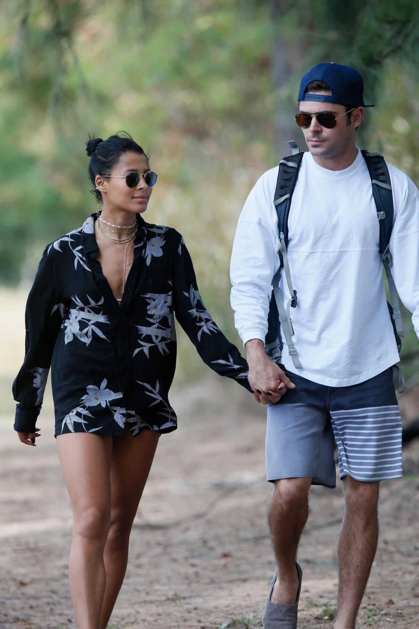 30. Mai 2015: Zac Efron und seien Freundin Sami Miró machen Urlaub auf Hawaii und gehen zusammen wandern.