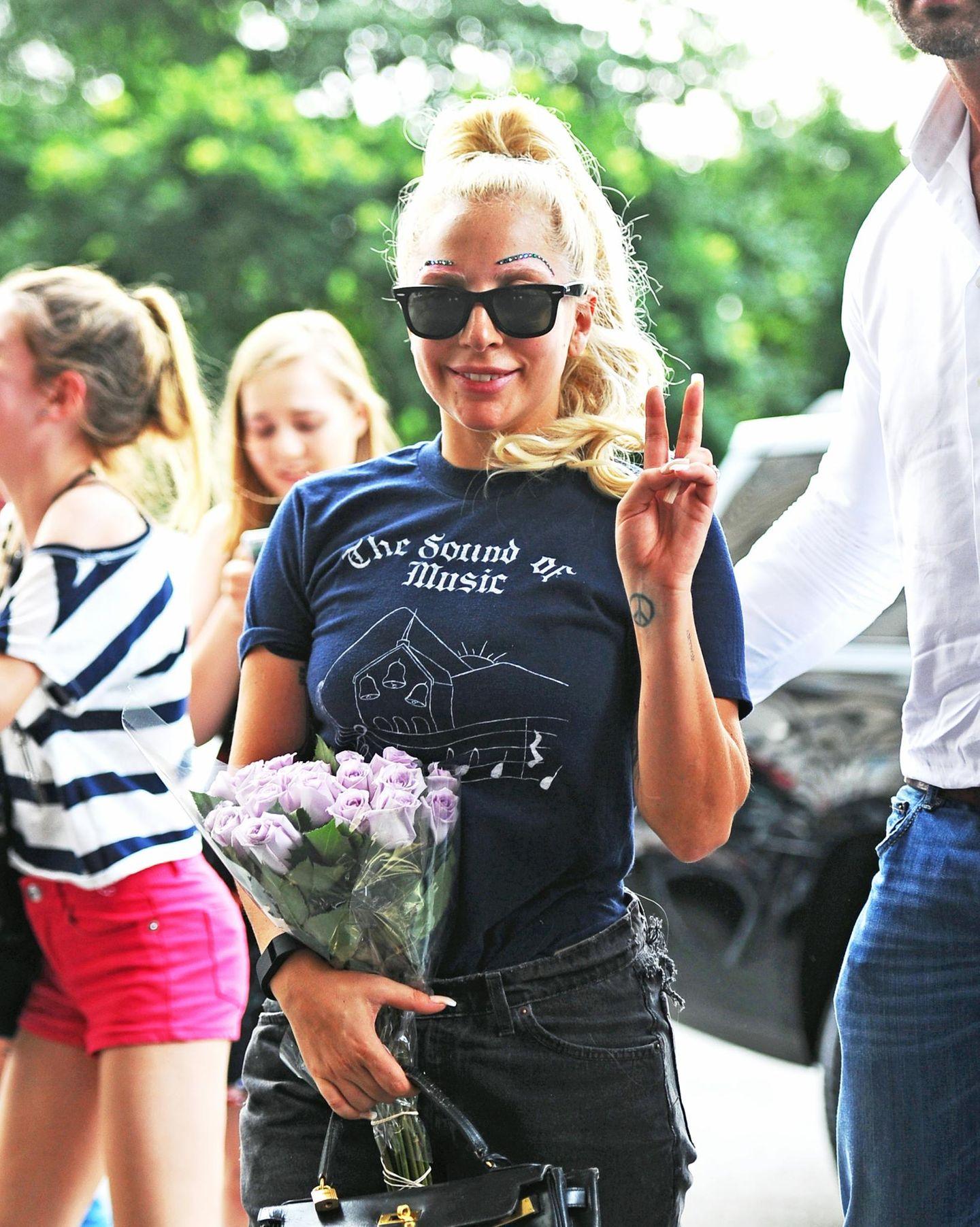 26. Juli 2015: Lady Gaga ist in Manhattan auf dem Weg zu ihrem Apartment.