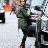 27. Oktober 2015: Jessica Alba verlässt das Il Buco Restaurant in Soho in New York.