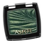 """Eyeshadow in """"Wild Green – 310"""" von Astor, ca. 6 Euro."""