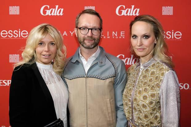 Astrid Bleeker, Director Brand Solutions GALA, Marcus Luft, stellvertretender Chefredakteur GALA, und Chefredakteurin Anne Meyer-Minnemann hießen die Gäste im Hotel Ellington willkommen.