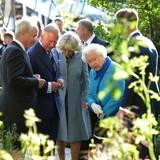 18. Mai 2015: Prinz Charles, Herzogin Camilla und die Queen besuchen die 'Chelsea Flower Show' in London.