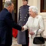 4. November 2015: Queen Elizabeth empfängt den Präsidenten Kasachstans, Nursultan Nazarbayev, im Buckingham Palast.