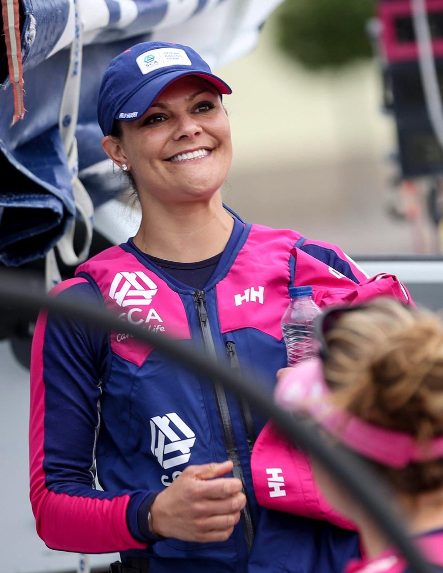 """27. Juni 2015: Prinzessin Victoria macht beim Segelwettbewerb des """"Volvo Ocean Race"""" in Göteborg mit."""