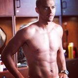 "Stahlblaue Augen und ein Sixpack zum Niederknien sind nur zwei Gründe, warum ""Grey's Anatomy""-Star Jesse Williams zu den heißesten Kerlen Hollywoods gehört."