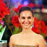 Natalie Portman strahlt übers ganze Gesicht und freut sich auf die Berlinale.