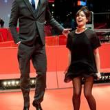 """""""Absolute Giganten""""-Regisseur Sebastian Schipper geht mit seinem Thriller """"Victoria"""" ins Rennen um den goldenen Bären. Schauspielerin Laia Costa freut sich mit ihm."""