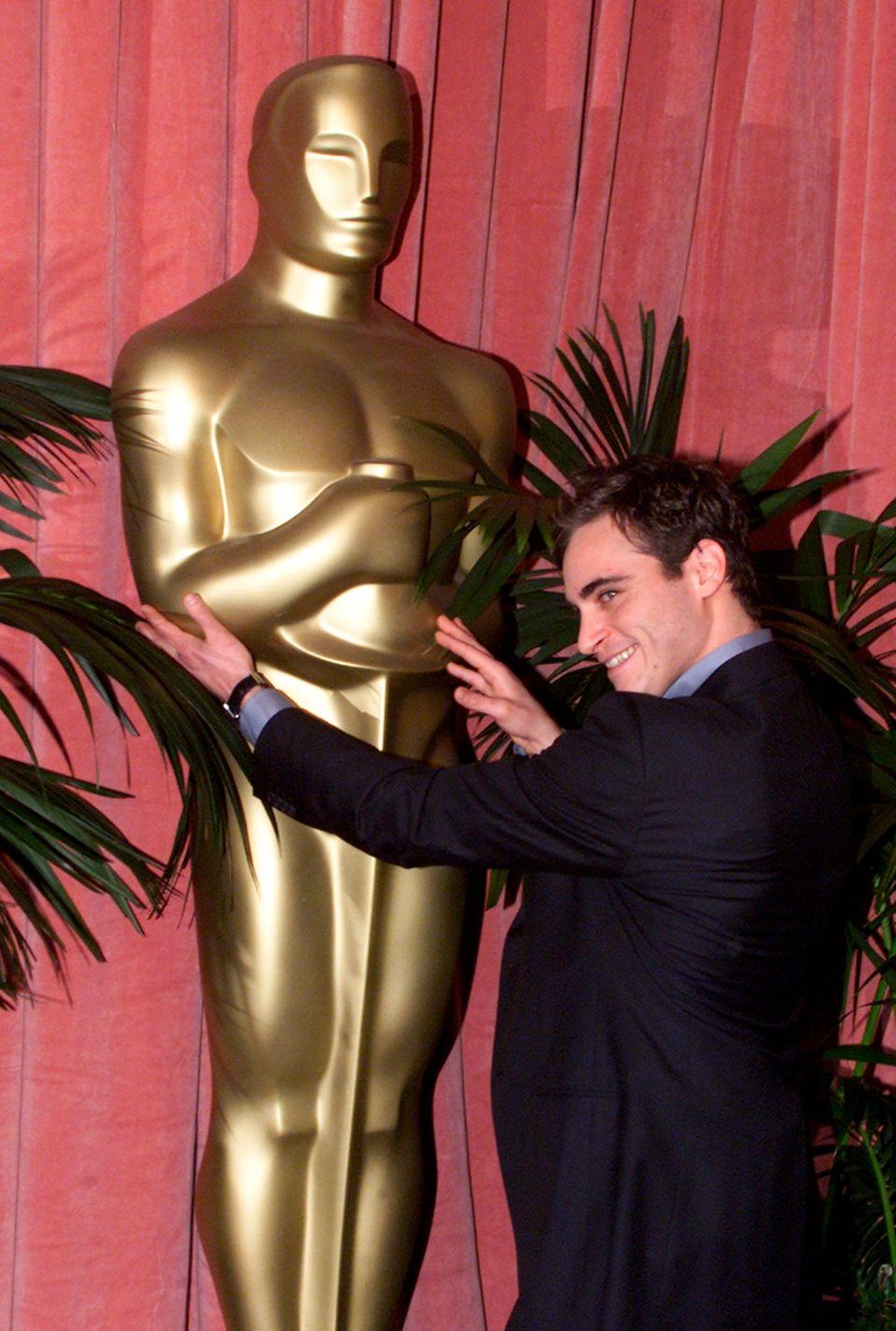 """Joaquin Phoenix - 3 Nominierungen  Mehrfach zum Greifen nah, aber für ihn gilt bisher: """"Nur Gucken, nicht anfassen""""."""