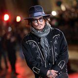 """Johnny Depp - 3 Nominierungen  Drei Nominierungen als Hauptdarsteller muss man erst mal schaffen. Johnny Depp ist diese Leistung gelungen, leider durfte er den Preis weder für seine Rollen in """"Fluch der Karibik"""" und """"Wenn Träume fliegen lernen"""" noch für """"Sweeney Tood"""" abstauben."""