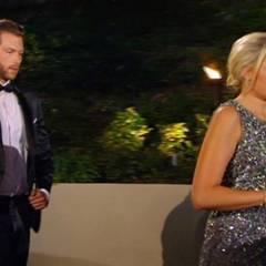 """""""Ich kann dir die letzte Rose nicht geben."""" Diese Worte von """"Bachelor"""" Oli sind zuviel für Caro. Ohne ihn eines weiteren Blickes zu würdigen, geht sie zurück zur Limousine, in der sie vorgefahren wurde."""