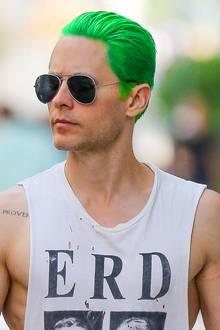 """April 2015: Für seine Rolle als Joker in """"Suicide Squad"""" muss sich Jared Leto seine mittlerweile kurzen Haare grün färben."""