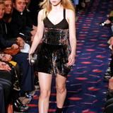 Lottie Moss, die 17-jährige Halbschwester von Supermodel Kate Moss beweist mit ihrem Laufsteg-Debüt bei Sonia Rykiel, dass die Model-Gene in der Familie liegen.