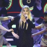 """US-Star Meghan Trainor performt """"All About That Bass"""" und ihre neue Single """"Lips Are Movin'"""" bei der """"Echo""""-Verleihung."""