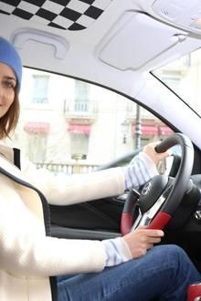 Kurz vor der Veranstaltung: Model Eva Padberg und auch die übrigen Gäste fuhren im sportlichen Opel vor