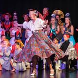 """13: Mai 2012: Königin Margrethe von Dänemark wirbelt in der Ballettshow der  """"Susanne Heerings Ballett Schule"""" übers Parkett und"""