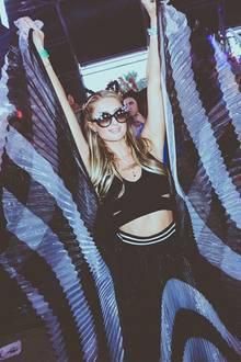 Paris Hilton feiert jedes Jahr auf dem Coachella und ist auch dieses Jahr wieder in Indio mit dabei.