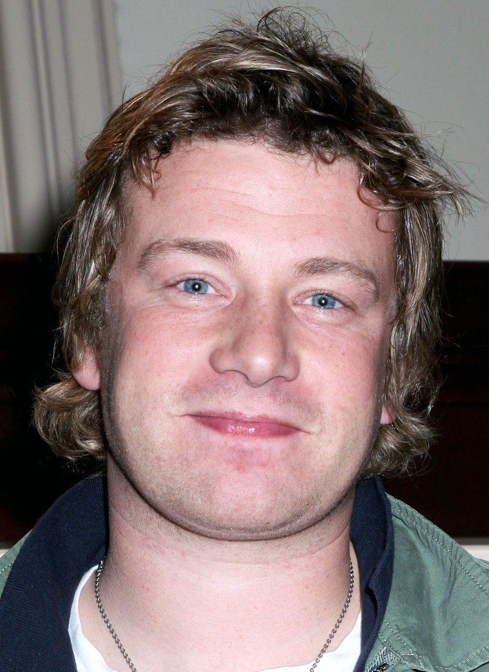 Star-Koch Jamie Oliver ist seine Kochkunst schon immer wichtiger gewesen als ordentliches Styling, seinen Vokuhila trug er noch bis Mitte der 2000er.