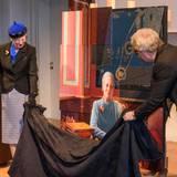 14. April 2015: Kopenhagen  Im Nationalmuseum enthüllt Königin Margrethe ihr erstes Geburtstagsgeschenk, ein neues Porträt.