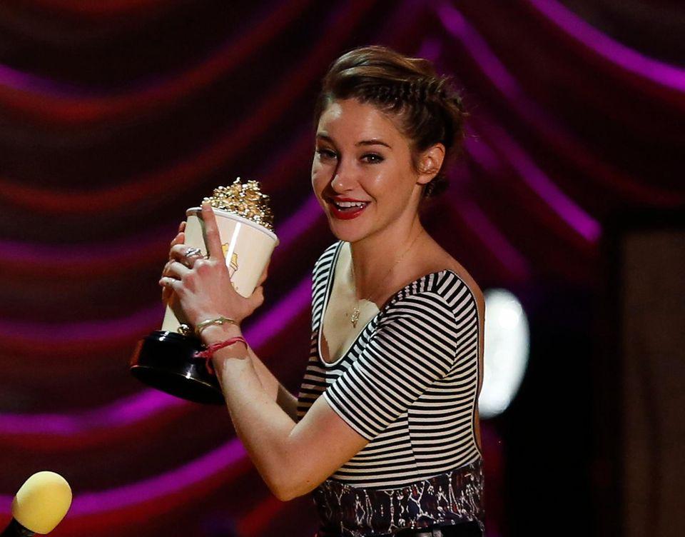 """Das MTV-Publikum mag Shailene Woodleys Performance in """"Das Schicksal ist ein mieser Verräter"""" und wählt sie zur besten Darstellerin."""