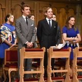Die Familie von Fürst Albert: Camille Gottlie (hinten links, Pierre Casiraghi, Andrea Casiraghi, Prinzessin Stéphanie und Prinzessin Caroline. Dahinter (verdeckt): Pauline und Louis Ducruet.