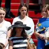Alexandra, Tochter von Caroline von Hannover sowie Pauline Ducruet und Camille Gottlieb, die Kinder von Prinzessin Stéphanie.