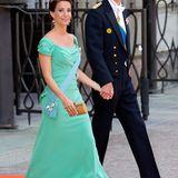 Farblich etwas mutiger war da ihre Schwägerin Prinzessin Marie in ihrer bezaubernd drapierten, mintgrünen Robe.