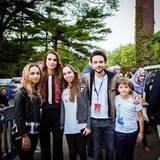 """28. September 2015  Königin Rania ist mit ihren vier Kindern auf dem """"Global Citizen Festival"""" im New Yorker Central Park zu Gast."""