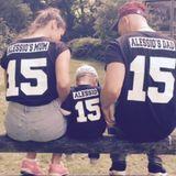 9. Juni 2016  Passend zum Start der Fußball-EM haben sich Sarah, Alessio und Pietro mit süßen Familien-Trikots eingekleidet.
