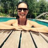 Nazan Eckes schickt Urlaubsgrüße aus einem italienischen Pool - und attestiert ihrer Reiseregion Ligurien, es sei da fast so heiß wie in Deutschland. Verkehrte Welt.