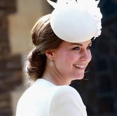 Herzogin Catherine sieht an diesem besonderen Tag wieder strahlend schön aus.