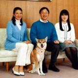 Auf jedem Geburtstagsfoto ist Yuri mit dabei, so wie im Februar 2015, als Prinz Naruhito 55 wird.