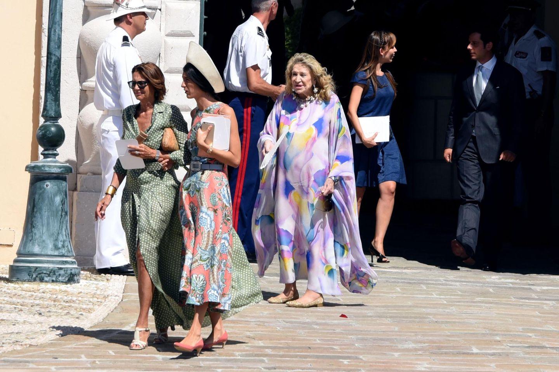 Die Gäste erreichen den Fürstenpalast.