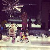 Christina Aguilera verkündigt ihren Instagram-Followern mit diesem freizügigen Selfie, dass es an der Zeit ist auch mal persönliche Dinge zu teilen. Nacktheit scheint offensichtlich für sie dazuzugehören.