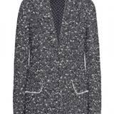 Trendy in Tweed: Blazer von Dolce & Gabbana, ca. 1450 Euro, über www.mytheresa.com