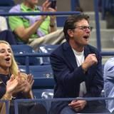 Michael J. Fox freut sich über den Sieg von Simona Halep gegen Victoria Azarenka.