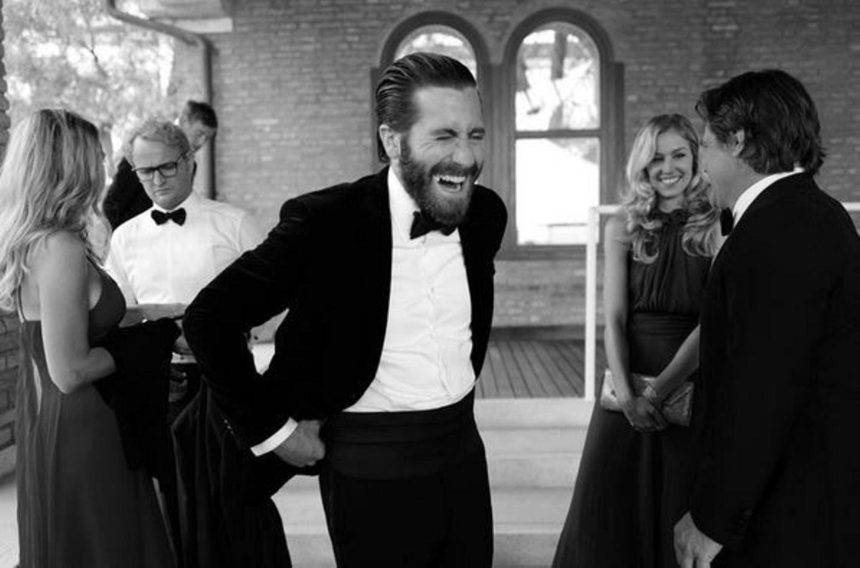 Jake Gyllenhaal ist bester Laune.