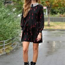 Chiara Ferragni  It-Girl, Super-Bloggerin und millionschwere Unternehmerin: Chiara Ferragni ist binnen weniger Jahre von der hübschen Jura-Studentin zur erfolgreichsten Modebloggerin der Welt aufgestiegen. Unzählige Firmen prügeln sich darum, mit ihr zu kooperieren, und ganz nebenbei entwirft die schöne Mailänderin auch noch ihre eigene Schuhkollektion.