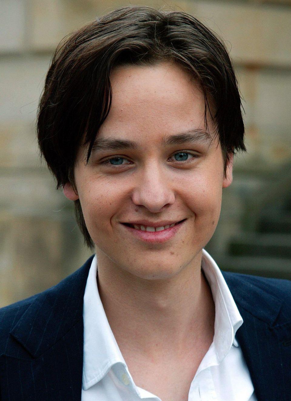 """Als pubertierender Teenie ist Tom Schilling mit dem Film"""" Crazy"""" bekannt geworden."""