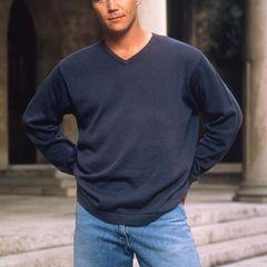 """Brian Krause - Leonardo """"Leo"""" Wyatt  Bereits ab der ersten Staffel mischt Brian Krause bei """"Charmed"""" als Wächter des Lichts mit. Er beschützt zwar alle drei Halliwell-Schwestern, hat jedoch besonders auf Piper ein Auge geworfen."""
