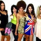 """Nina Dobrev und ihre Mädelsclique gehen zu Halloween 2015 als """"Spice Girls"""". Die """"Vampire Diaris""""-Schauspielerin hat sich die Rolle von Victoria Beckham als """"Posh Spice"""" gesichert."""