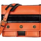 Farbspektakel: eckige Schultertasche in Orange und Schwarz, von Kenzo, ca. 480 Euro