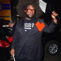 Der Afro von Rapper Questlove scheint über Nacht gewachsen zu sein.