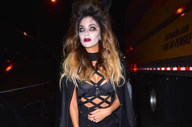Nicole Scherzinger hat sich offenbar als böse Pussycat verkleidet.
