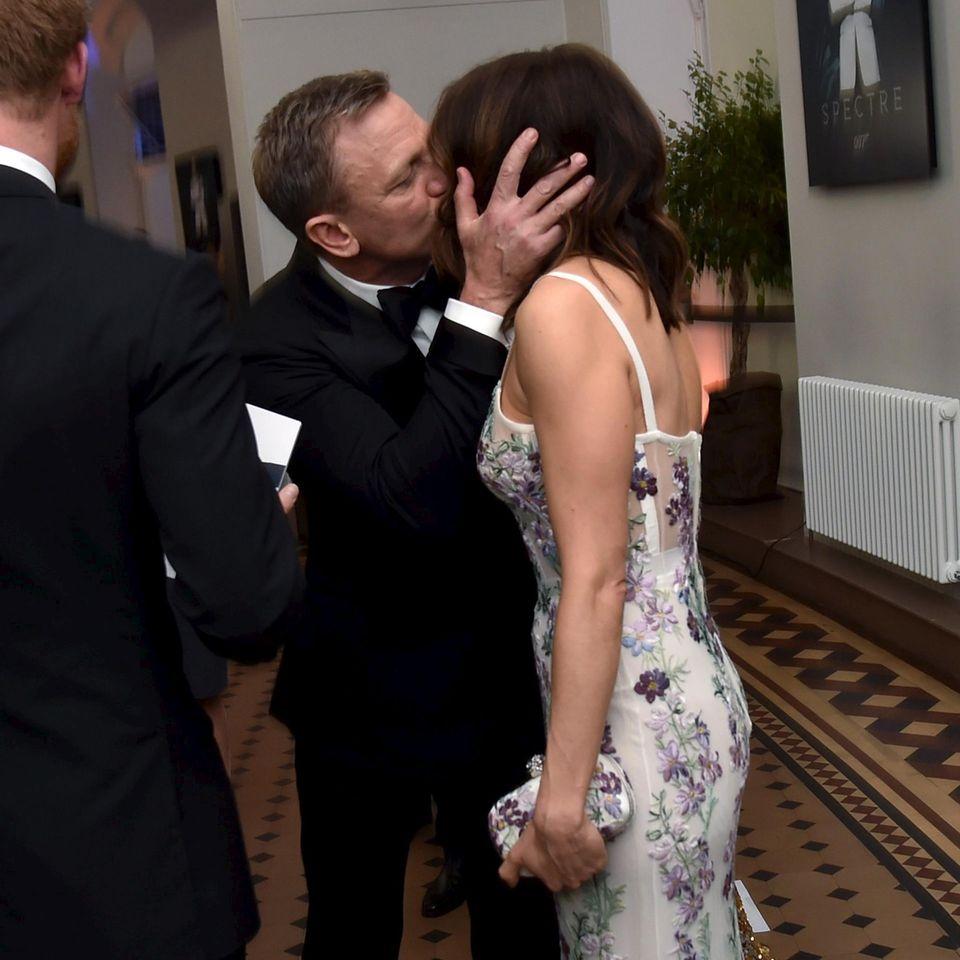 """Trotz der vielen """"Bond""""-Girls hat Daniel Craig nur Augen für seine Ehefrau Rachel Weisz."""